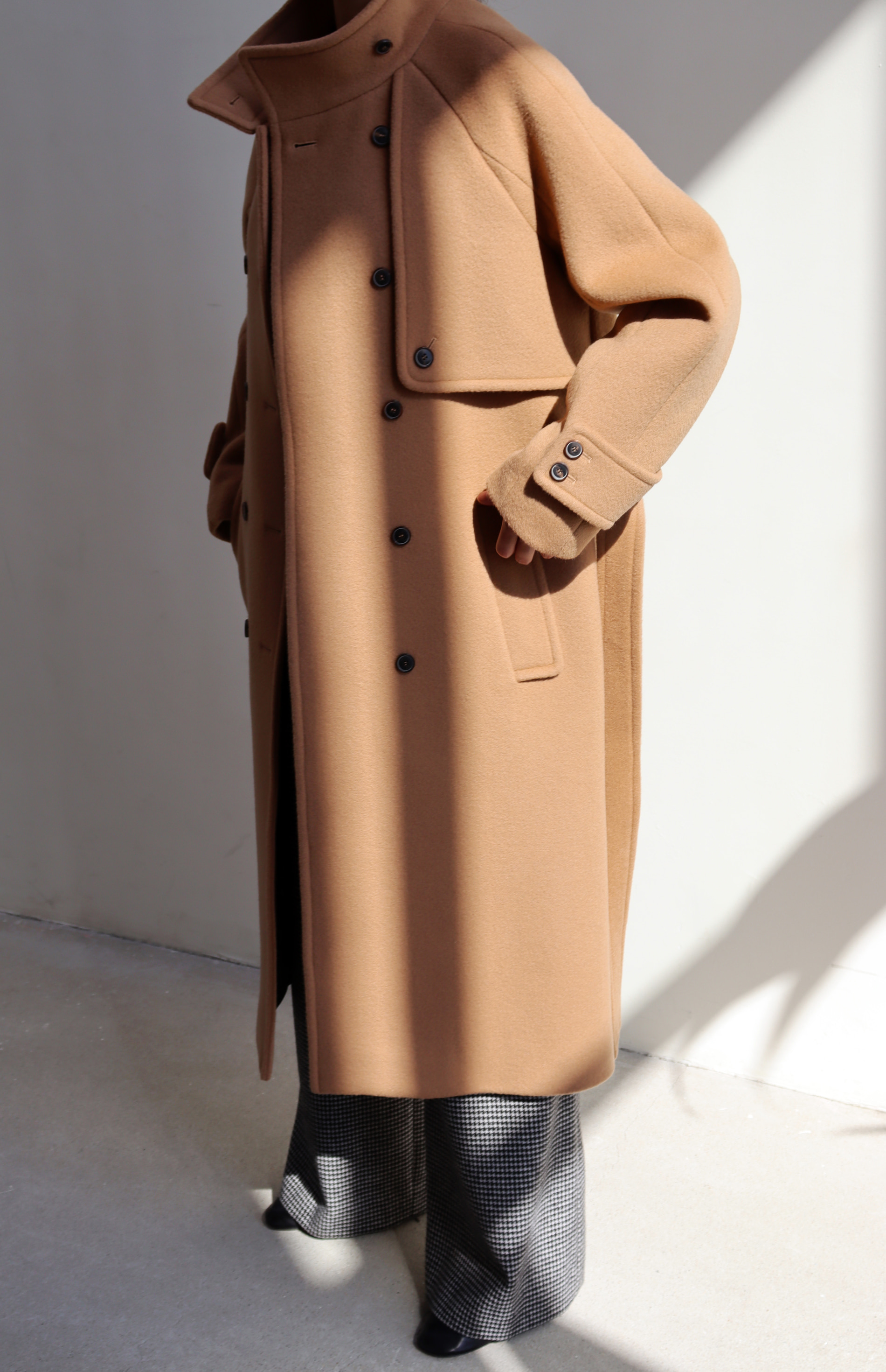 HIGH NECK WOOL COAT _ CAMEL