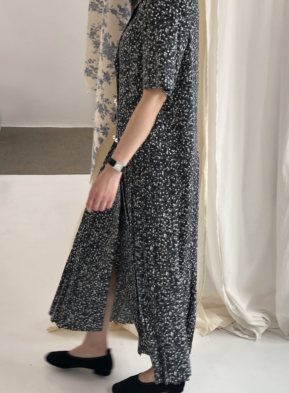 [20 SUMMER 15% SALE] SUMMER PLEATS DRESS _ BLACK FLOWER PRINTED