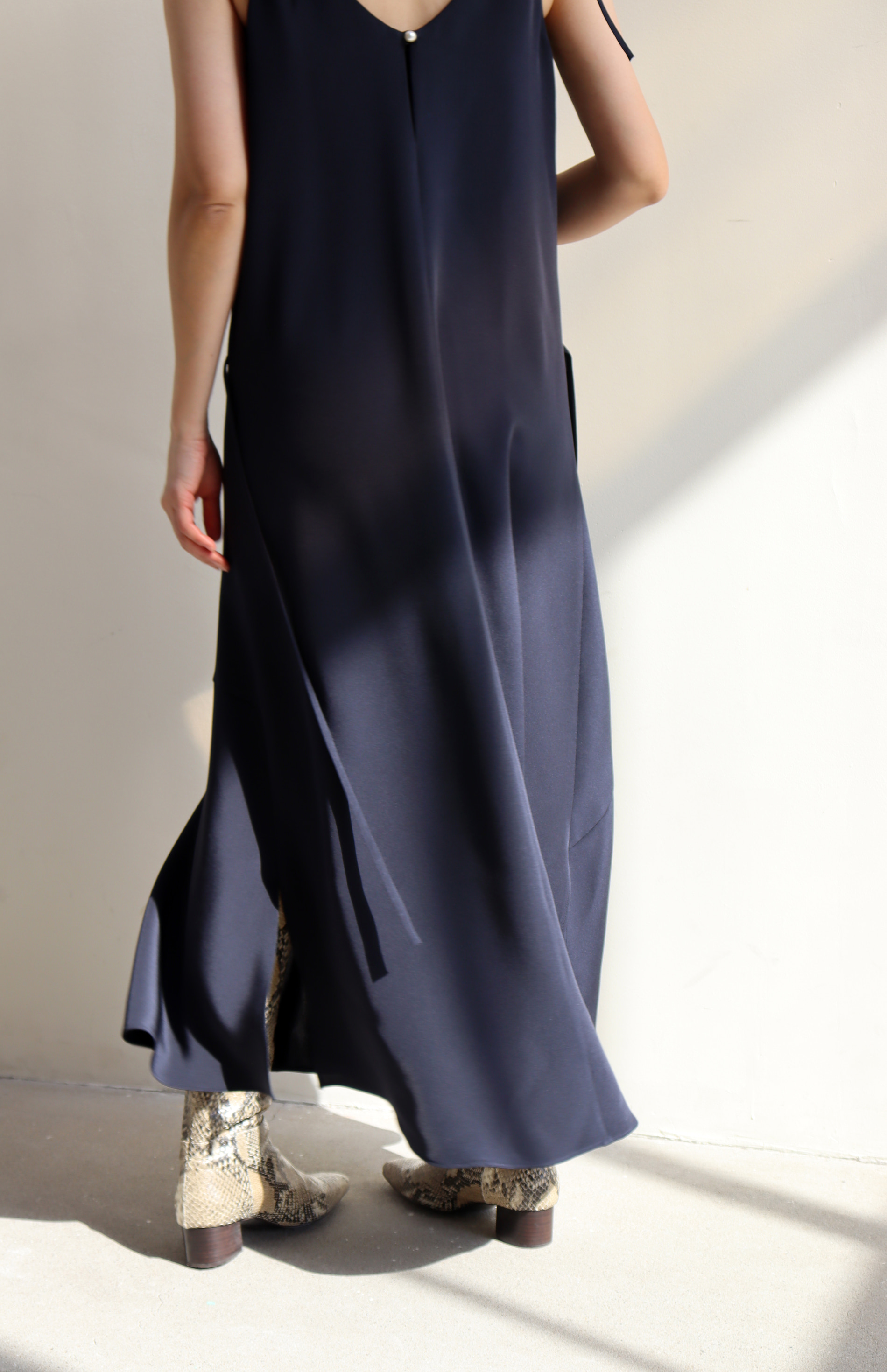 SILK SLIP DRESS _ NAVY
